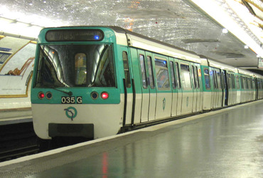 Metro-Paris-Rame-MF77-ligne